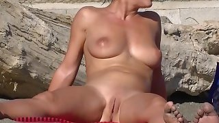 Sexy Fit Nude Milf At The Beach